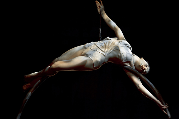 Kataklò Athetic Dance Theater_PLAY_foto ring-2-credito-alessia-mazza