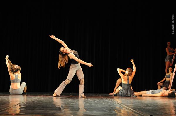 ballet-stagium_o-canto-da-minha-terra_foto-arnaldo-jg-torres_m