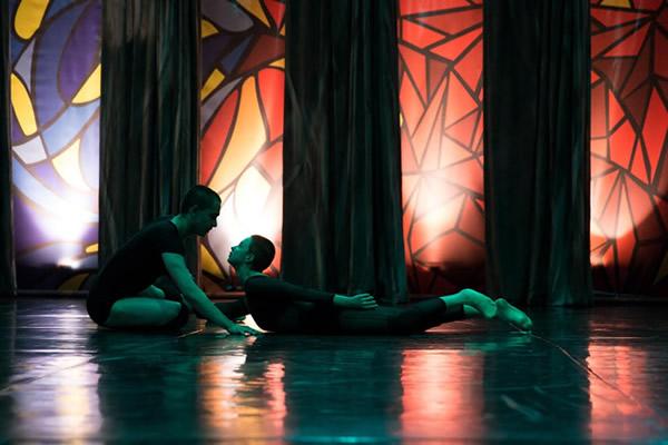 danca-e-movimento_cia-de-londrina_m