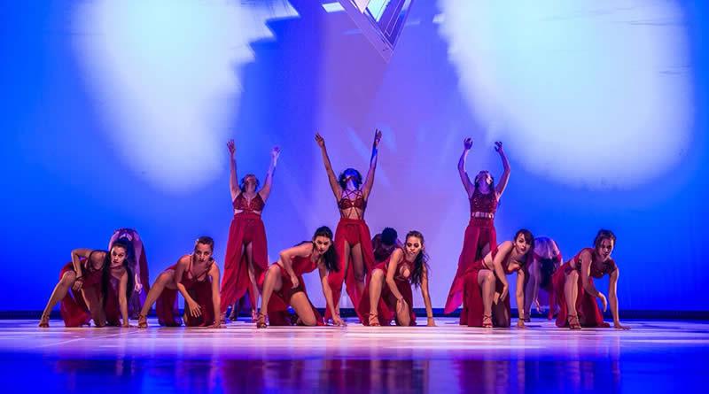Cia Bittencourt apresenta 'Empodere as Mulheres!' no encerramento do Circuito Mineiro de Dança Uberaba