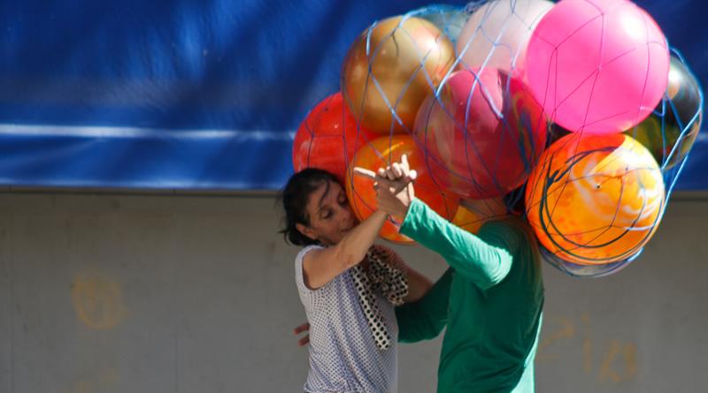 Cia Artesãos do Corpo apresenta Sr. Calvino, um espetáculo para crianças de todas as idades