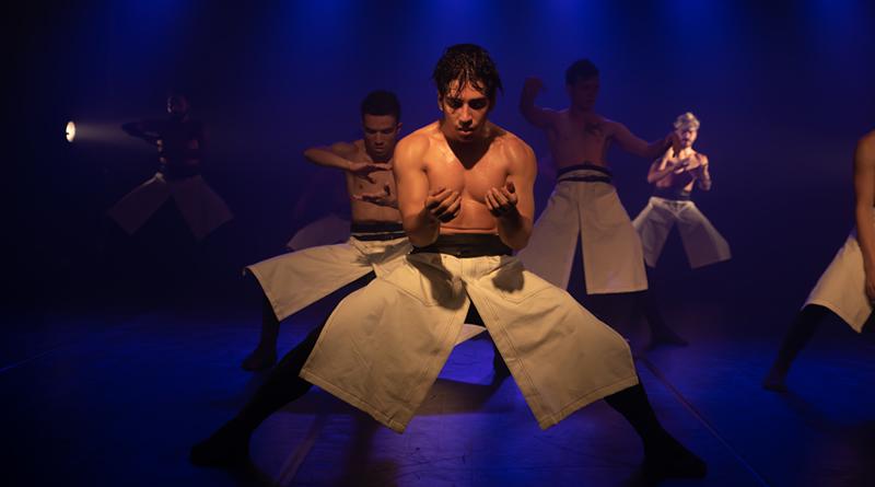 Novo espetáculo do Grupo Divinadança mescla dança e tecnologia