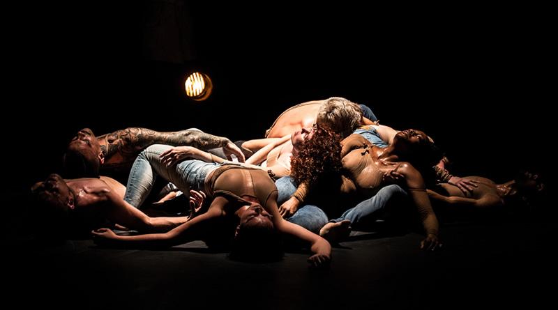 T.F.Style Cia de Dança apresenta temporada gratuita da instalação coreográfica Carne Urbana em três espaços culturais paulistanos