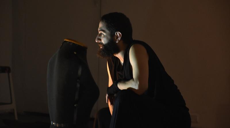 Espetáculo 'A Notícia' desdobra em danças relatos jornalísticos de violência contra homoafetivos