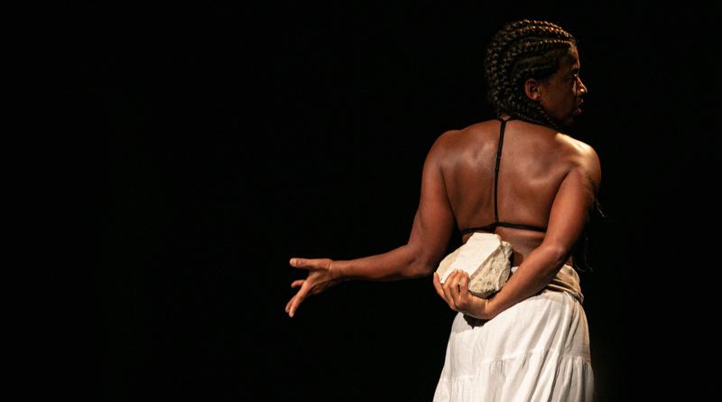 Ägô, de Cristina Moura, realiza curta temporada de dança no Sesc Consolação