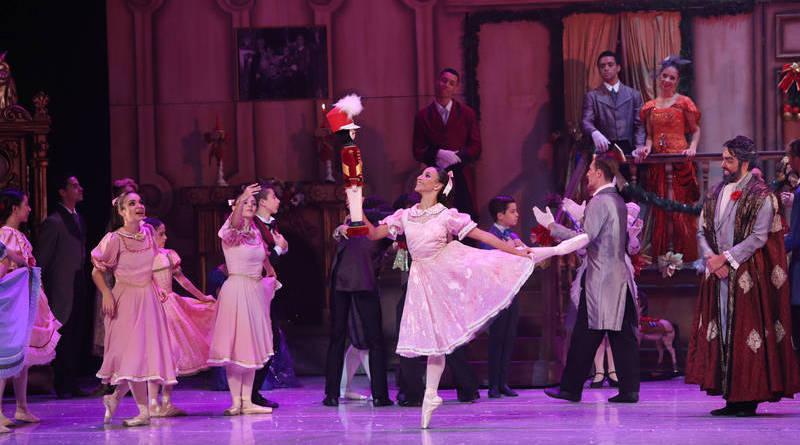 Tradição de Natal, o clássico O Quebra-Nozes,  da Cisne Negro Cia de Dança, faz temporada  no Teatro Alfa